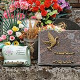 plaques et articles funéraires
